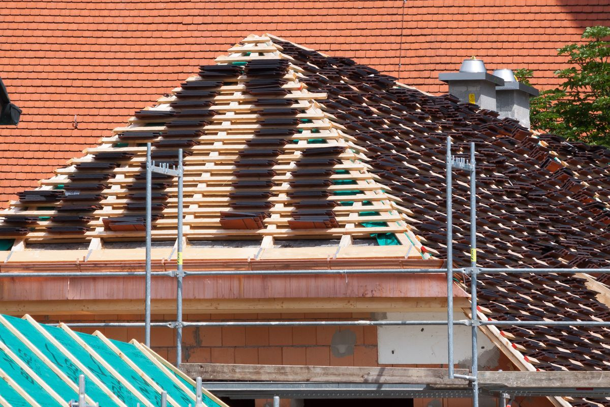 roofing-1484630